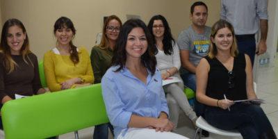 El equipo de Tirma López Clínica Dental se forma en estética dental