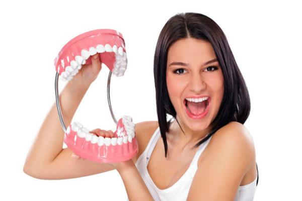 Conoce las prótesis dentales con Tirma López Clínica Dental